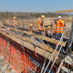 Betonowanie korpusu wiaduktu drogowego - WS-25, km 23+950