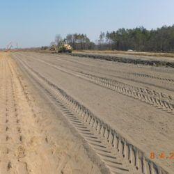 Ulepszanie warstwy nasypu drogowego, km 24+150