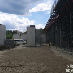 Rozstawianie rusztowania pod jezdnię lewą Węzła drogowego Janów Lubelski Południe w km 23+979