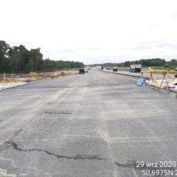 Skropienie warstwy podbudowy bitumem km 23+300