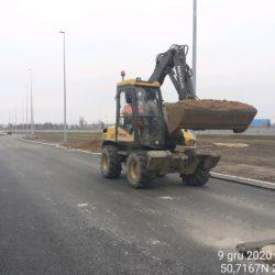 Transport materiału pod wykonanie chodnika MOP prawy