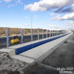 Montaż barier stalowych na obiekcie WS-25 23+979