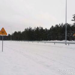 Wykonanie oznakowanie pionowe drogi 21+800