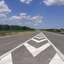 Zjazd z łącznicy L07L na ciąg główny drogi ekspresowej 23+730